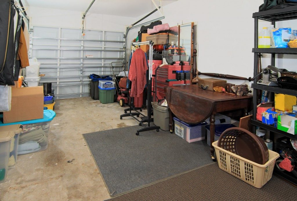 items stored in the garage