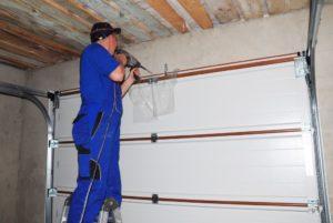 contractor building a garage